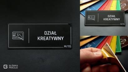Główka pracuje tabliczki administracyjne czarny z srebrnym dział kreatywny
