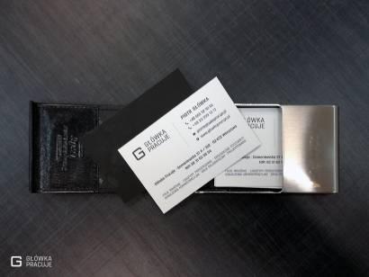Główka Pracuje matowe wizytówki uszlachetniane matową folią Soft Touch drukowane na sztywnym papierze kredowym 350g Warszawa