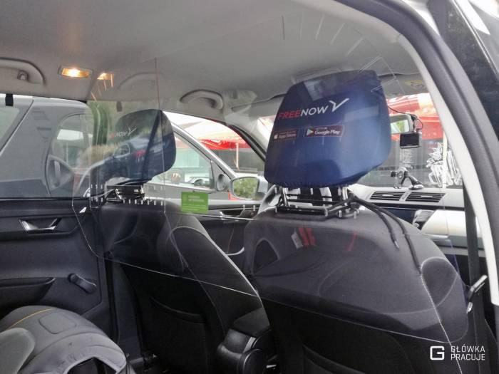 Główka Pracuje - uniwersalna sztywna przezroczysta przesłona przegroda antywirusowa covid19 do samochodu taxi pet 2mm skoda fabia - Warszawa